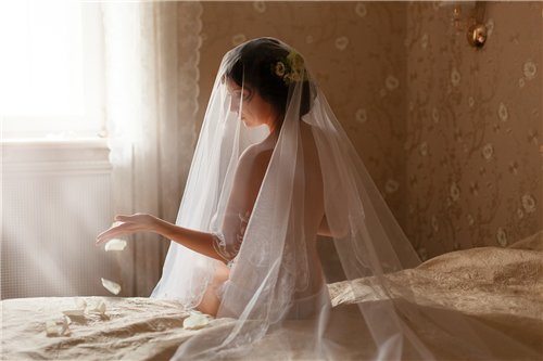 nezhnaya-boduarnaya-fotosemka Будуарная фотосессия невесты, как подарок жениху