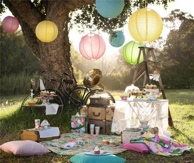 rekvizit-dlya-svadebnoj-oftosessii-piknik Свадебная фотосессия в форме пикника, сочетаем приятно с полезным