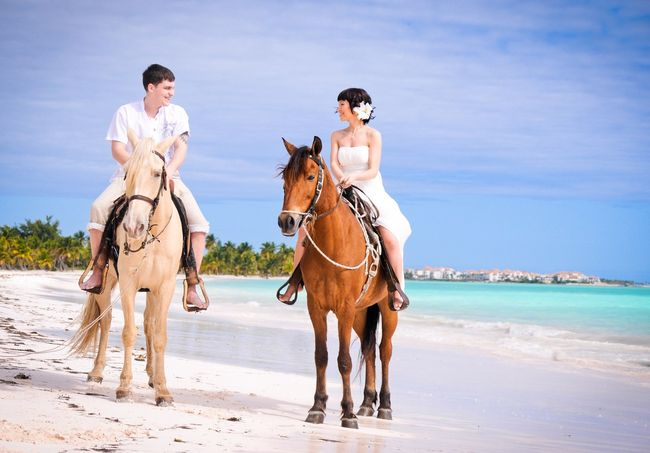 svadebnaya-fotosemka-na-loshadyah Свадебная фотосессия с лошадьми