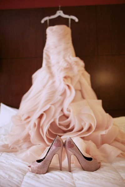 tufli-dlya-nevesty-bezhevogo-tsveta Бежевые туфли для невесты, стоит ли покупать?