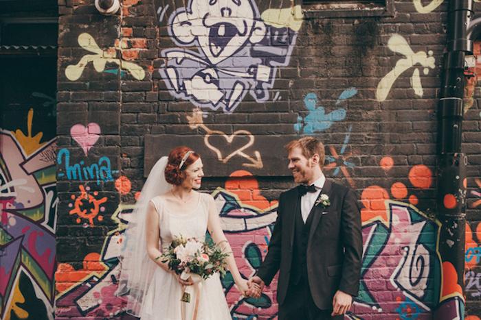 1-graffiti-na-svadbe Декор свадьбы: секреты и советы по декорированию свадебных торжеств