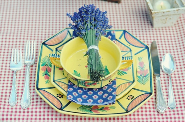1-svadebnyj-stol-v-stile-kantri Сервируем свадебный стол в стиле кантри