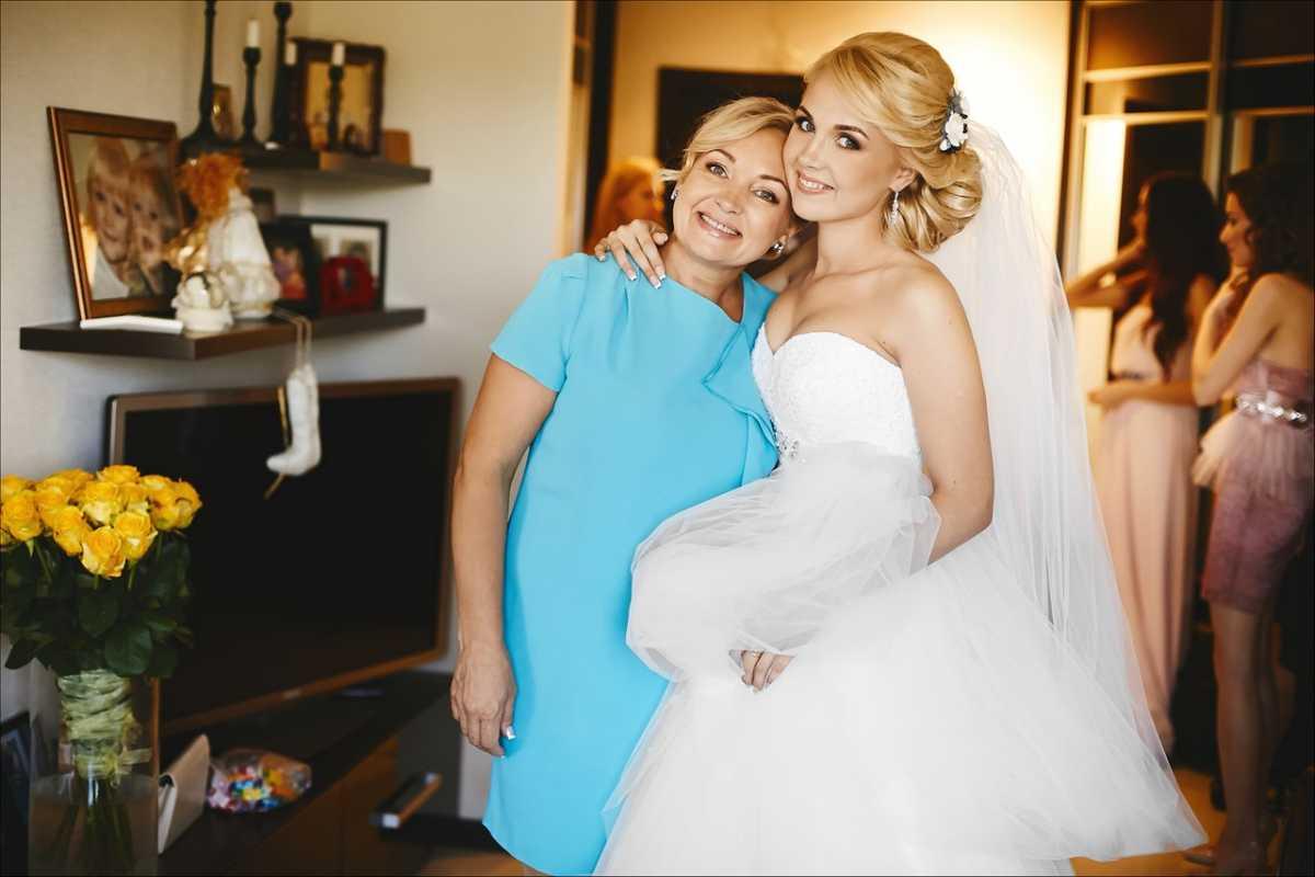 Что одеть маме на свадьбу дочери - советы по выбору фасона, модели 14