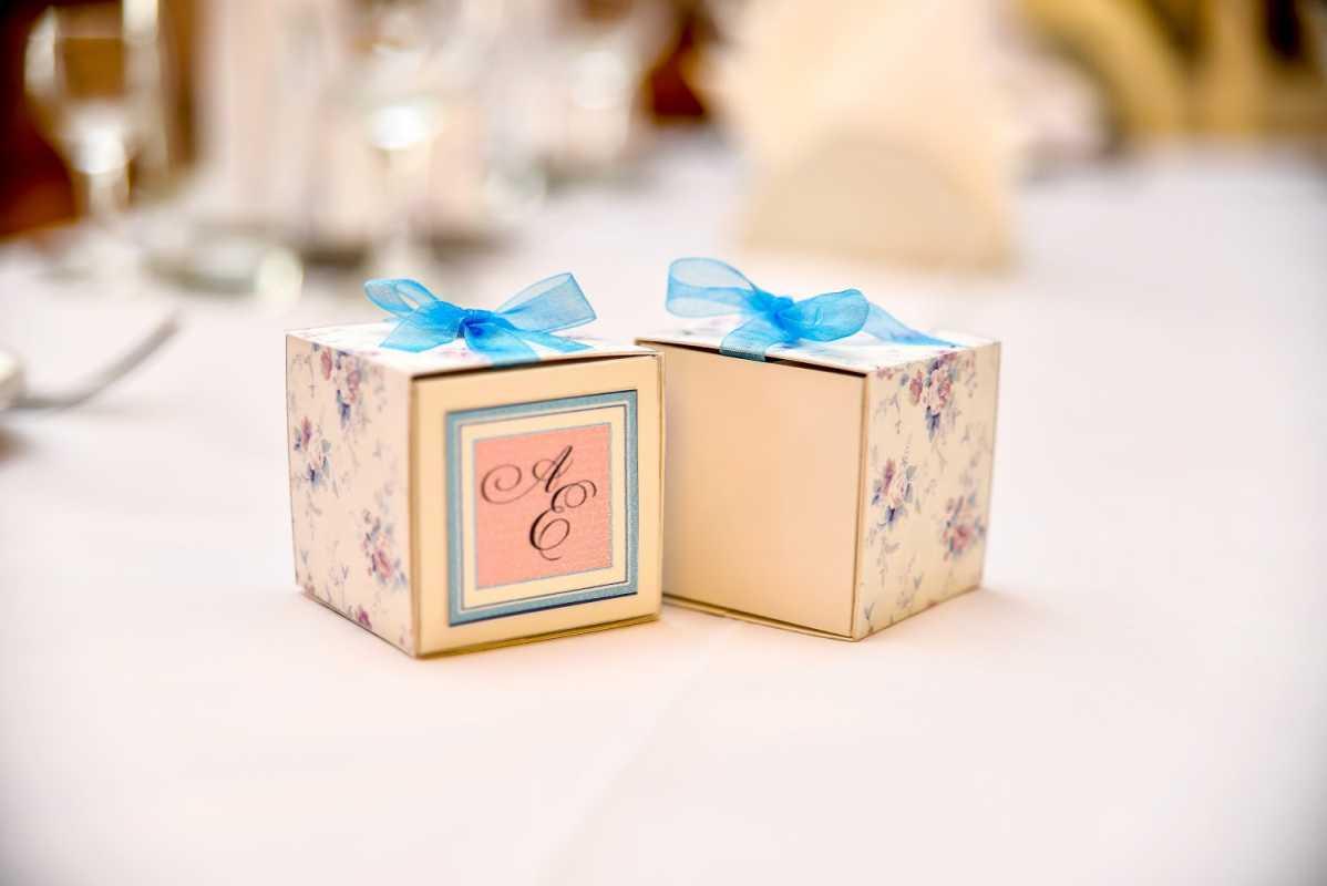 Недорогие подарки гостям на свадьбе 82