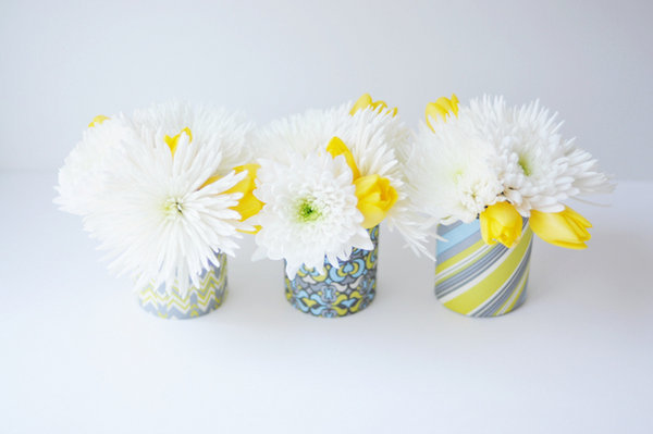dekor-vaz-na-svadbu-raznoj-bumagoj ТОП-10 бюджетных вариантов декора ваз на свадьбу