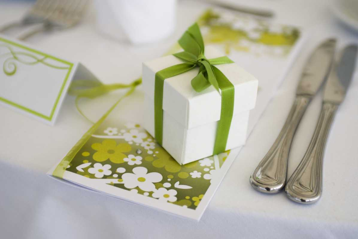 Фон для подарков на свадьбу