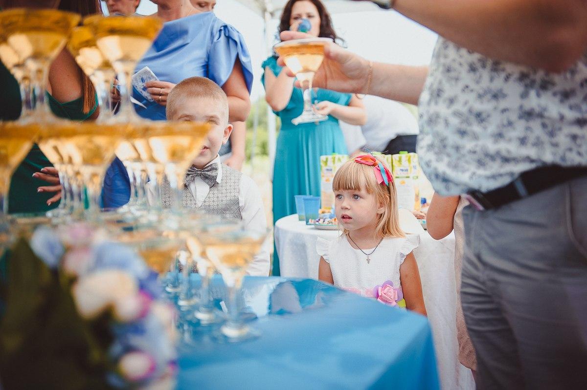 podbiraem-blyuda-dlya-detskogo-menyu-na-svadbu Дети на свадьбе: подготовка свадебного меню