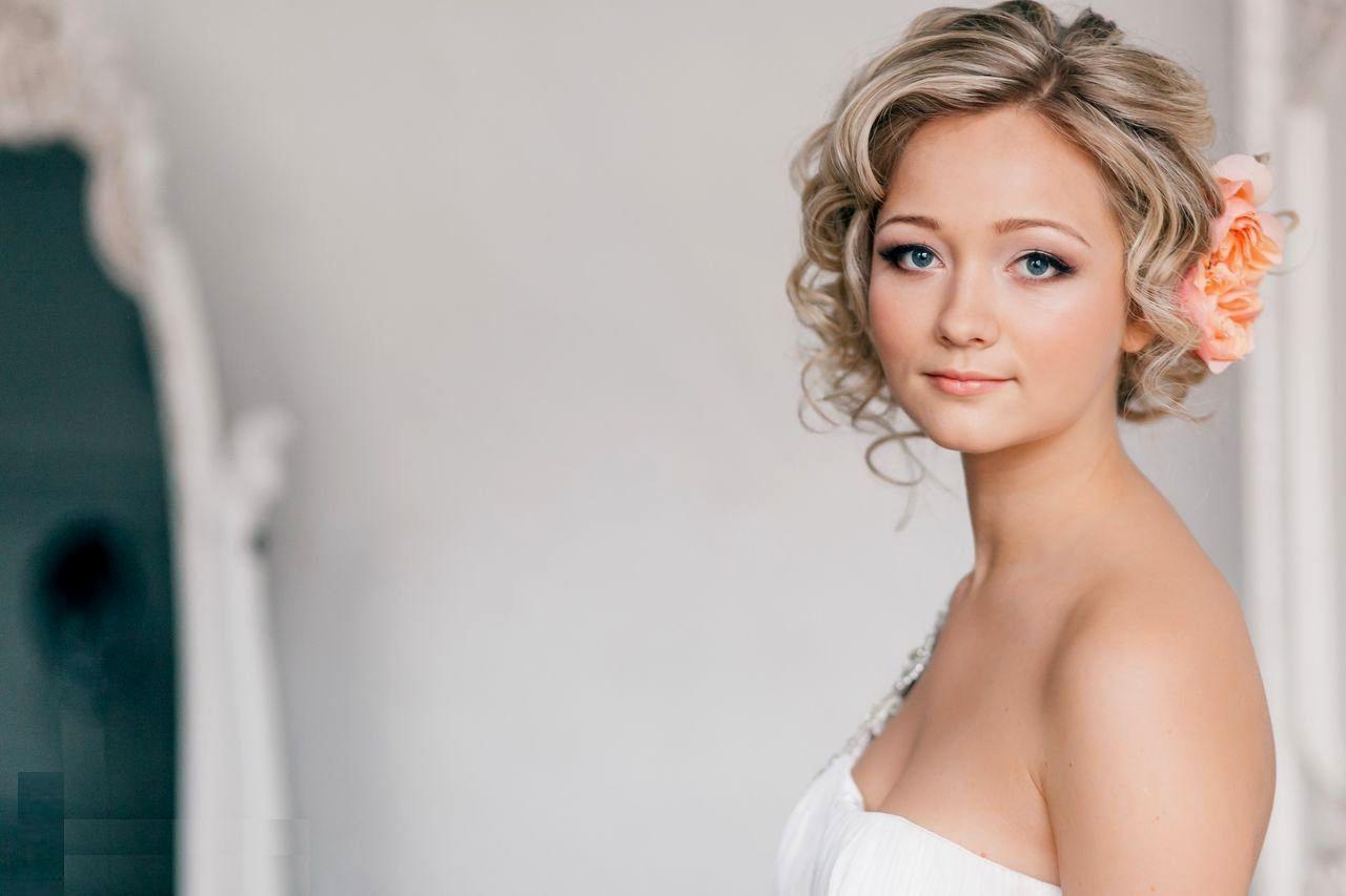 svadebnaya-pricheska-korotkie-volosy Свадебные прически от А до Я+ бонус-300 идей