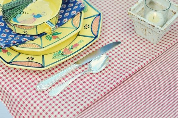 svadebnyj-stol-v-stile-kantri-5 Сервируем свадебный стол в стиле кантри