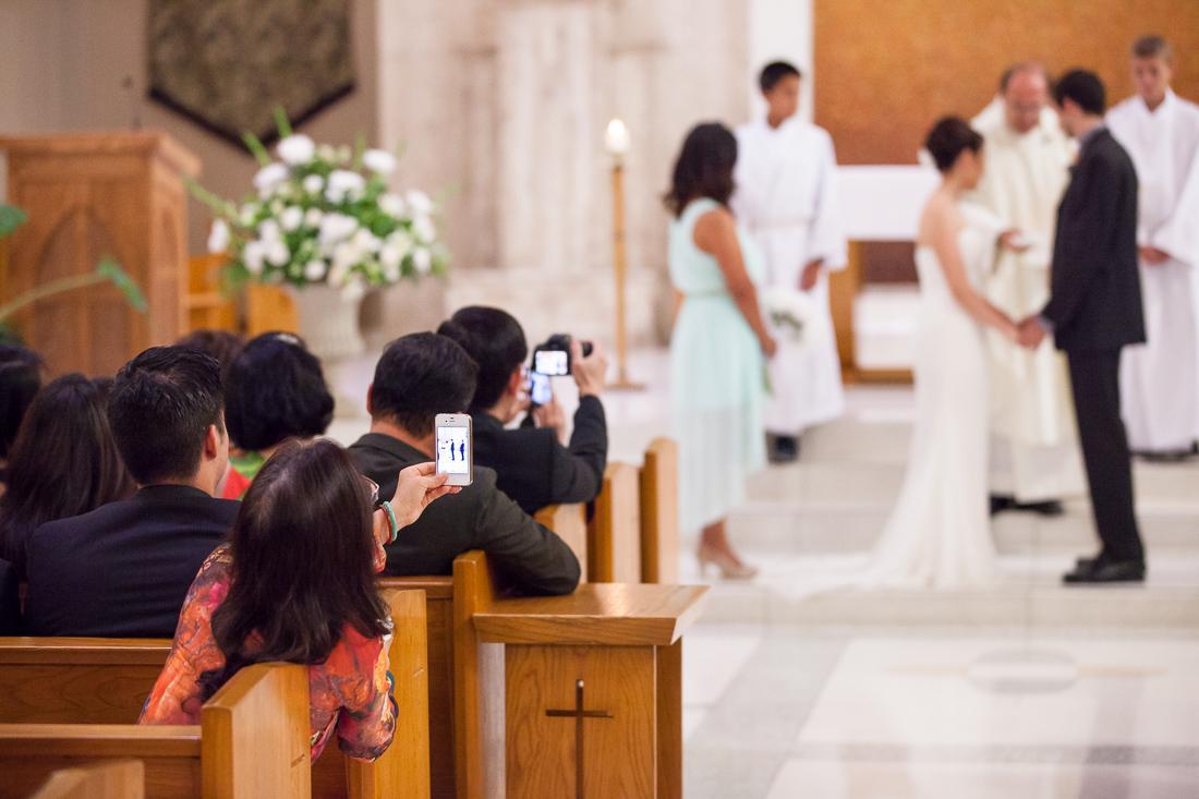 telefony-na-svadbe-podretom Unplugged wedding современное течение для молодежных свадеб