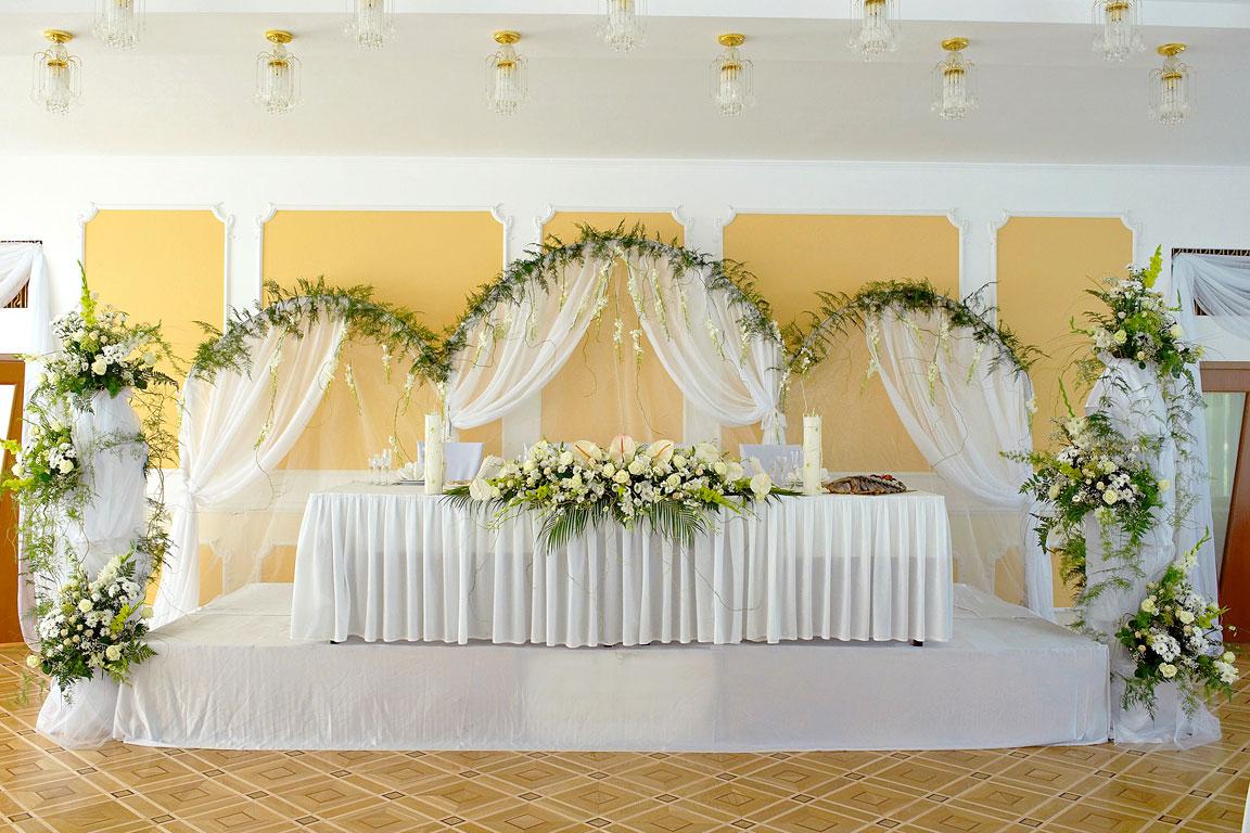 Оформить свадебный зал своими руками 98
