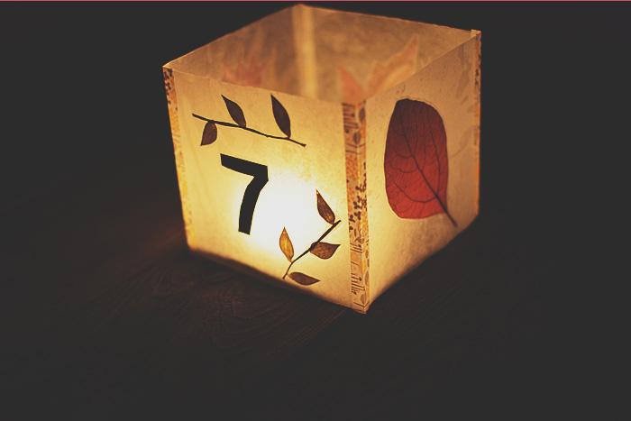 1-Tablichka-dlya-rassadki-gostej-dlya-osennej-svadby Табличка для рассадки гостей для осенней свадьбы