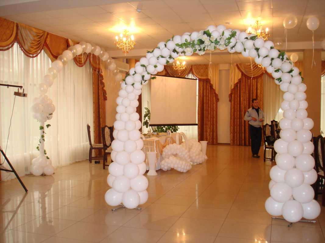 Arka-iz-sharov-na-svadbu-9 Арка из шаров на свадьбу бюджетный и довольно оригинальный вариант оформления торжества