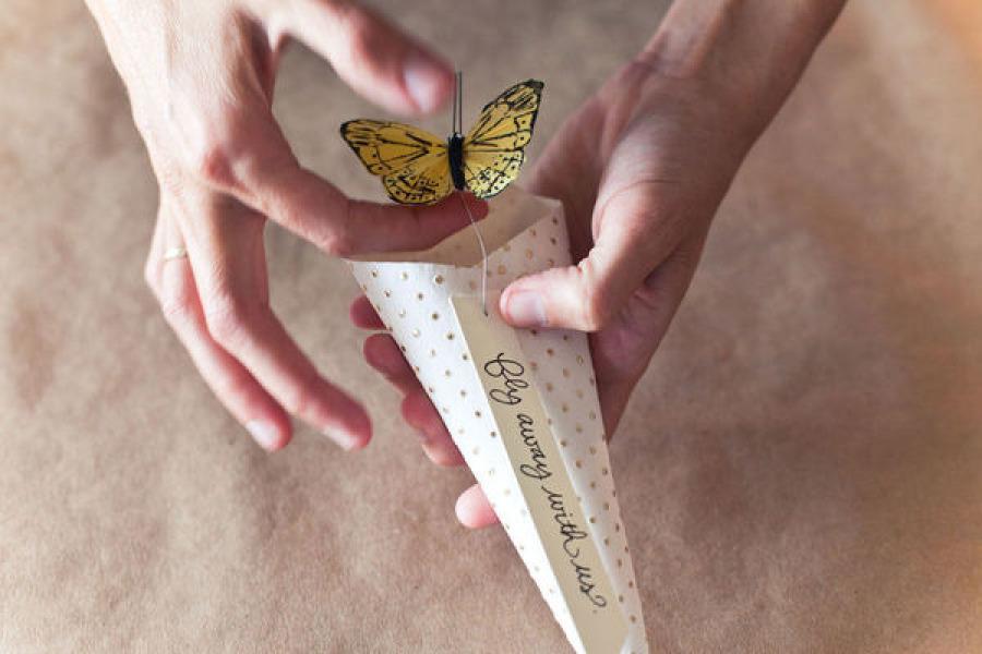 Bonbonerki-s-babochkami-svoimi-rukami-8 Бонбоньерки на свадьбу с бабочками своими руками