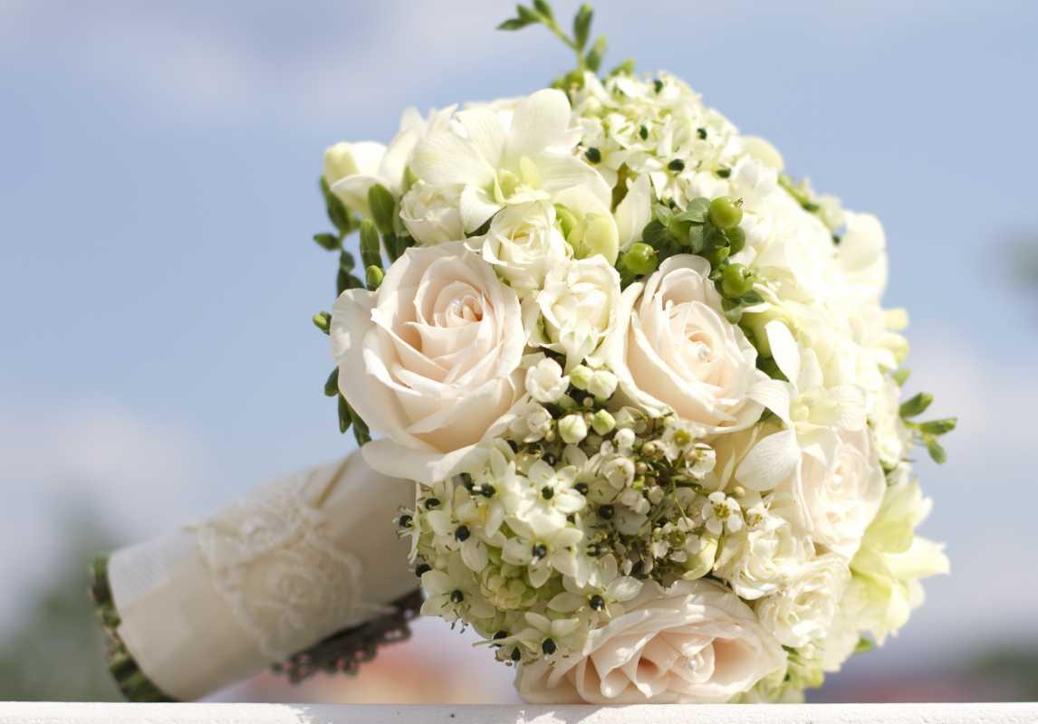 Depositphotos_12360189_l Оригинальные и экстравагантные виды свадебных букетов