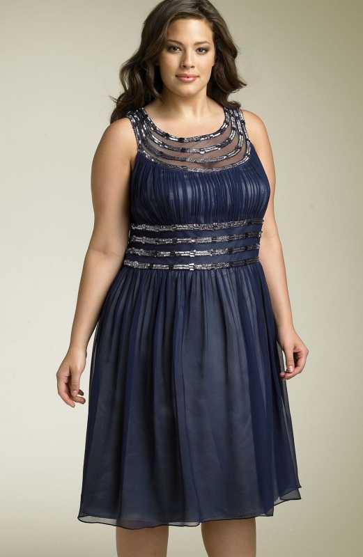 Kakogo-tsveta-plate-nadet-na-svadbu-svoej-docheri-1 Какого цвета платье надеть на свадьбу своей дочери, чтобы выглядеть стильно и элегантно