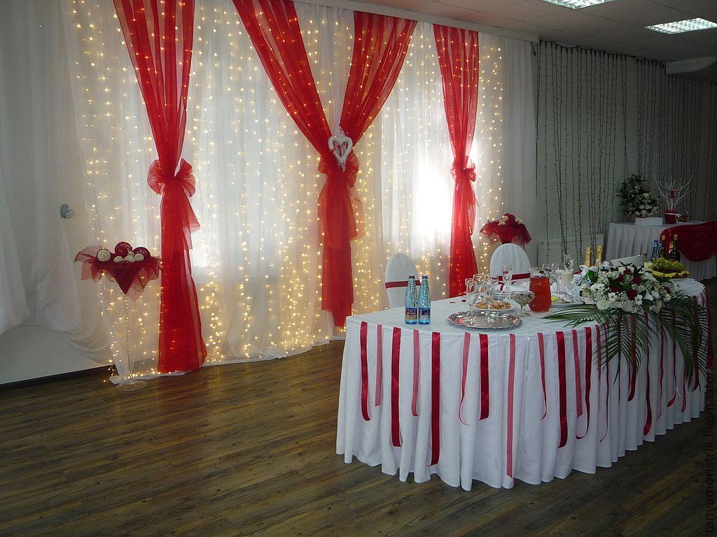 Nedorogoe-oformlenie-svadebnogo-zala-4 Как украсить зал на свадьбу: недорогое оформление свадебного зала