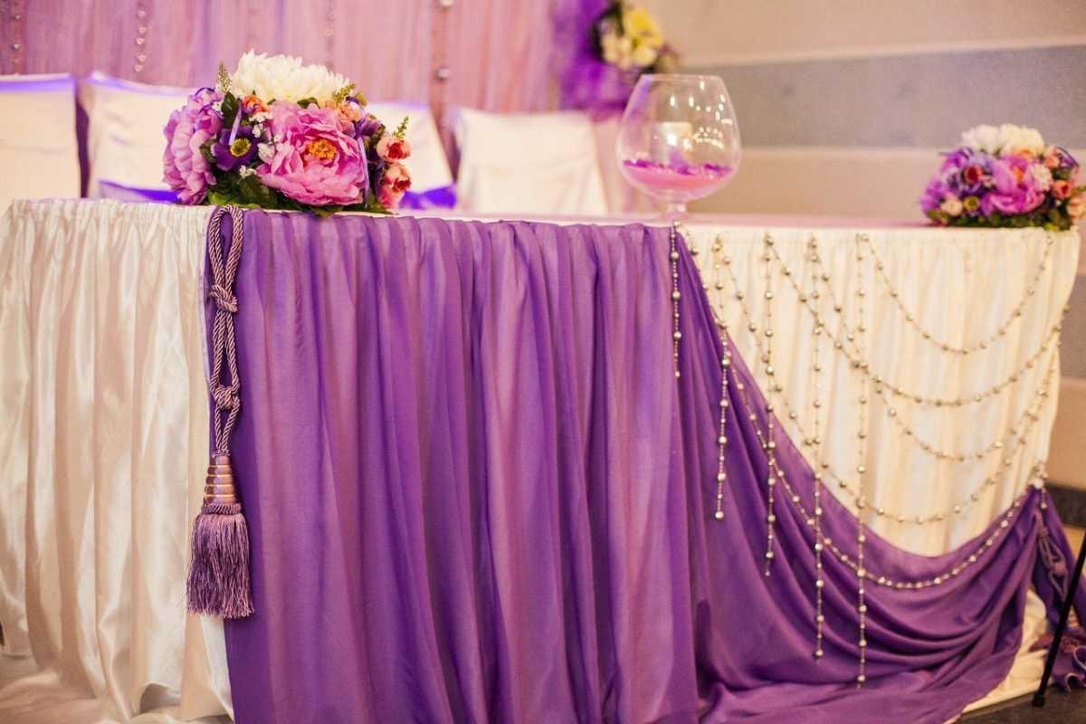 Nedorogoe-oformlenie-svadebnogo-zala-7 Как украсить зал на свадьбу: недорогое оформление свадебного зала
