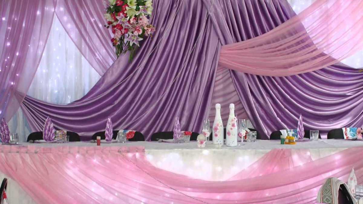 Svadebnoe-oformlenie-zala-tkanyu-foto-sovety-3 Свадебное оформление зала тканью фото советы