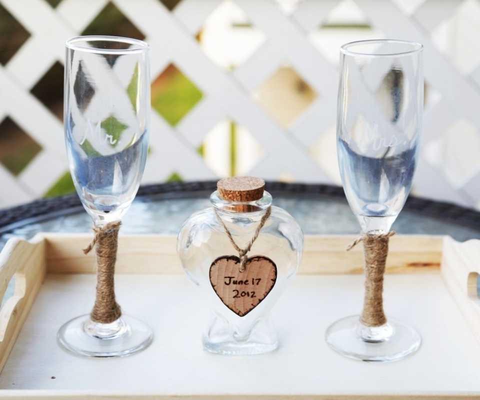 Ukrashenie-bokalov-na-svadbu-svoimi-rukami-4 Украшение бокалов на свадьбу своими руками