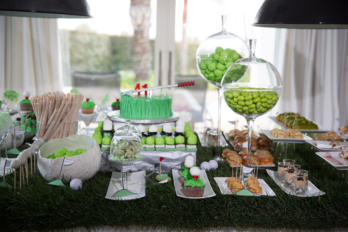 Zelenoe-svadebnoe-oformlenie-Kendi-Bara-5 Свадьба в зеленом и зеленое свадебное оформление Кэнди Бара