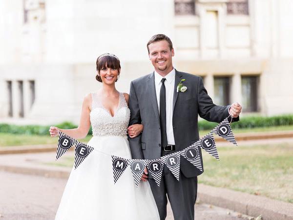 poloski-v-dekore-svadebnogo-torzhestva-102 Яркая полоска в декоре свадьбы, поможет разнообразить любое свадебное торжество