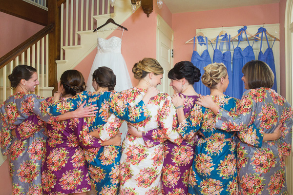 tsvetochnyj-print-v-dekore-svadby-3 Удивительные и яркие цветочные мотивы для летней свадьбы, как правильно использовать такой принт