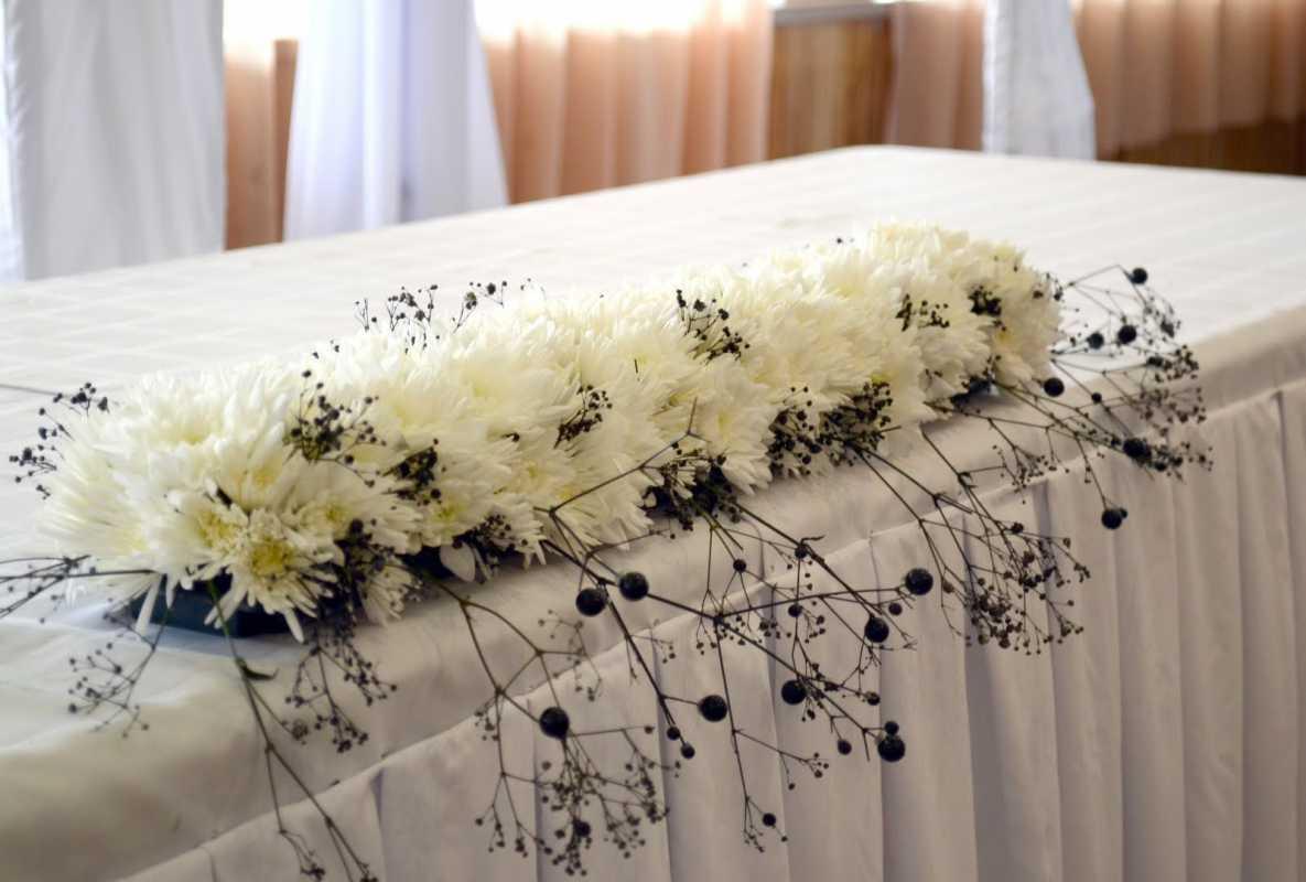 1-dekor-svadby-v-cherno-belom-tsvete Свадьба в черно-белом цвете сочетание стиля и элегантности в торжестве