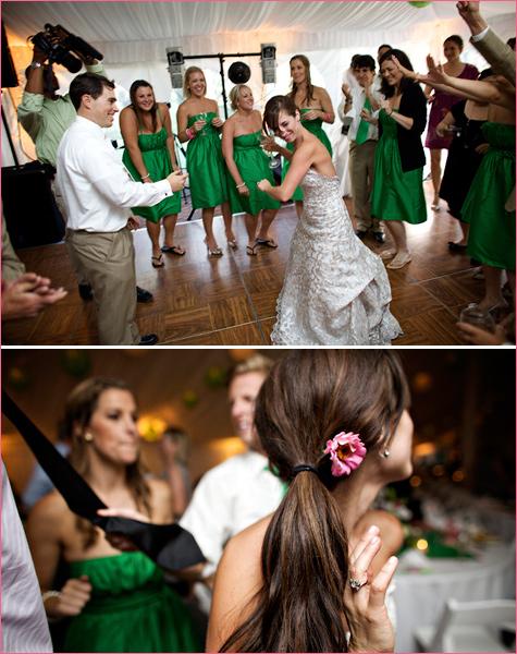 Энергичная зеленая свадьба летом для влюбленных, которые хотят яркое торжество