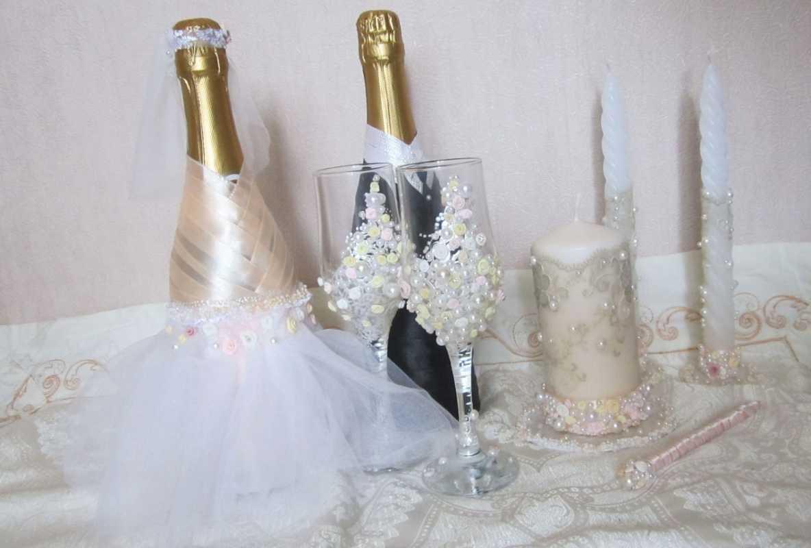 1-oformlenie-svadebnyh-butylok Профессиональное оформление свадебных бутылок фото подборка самых удачных вариантов