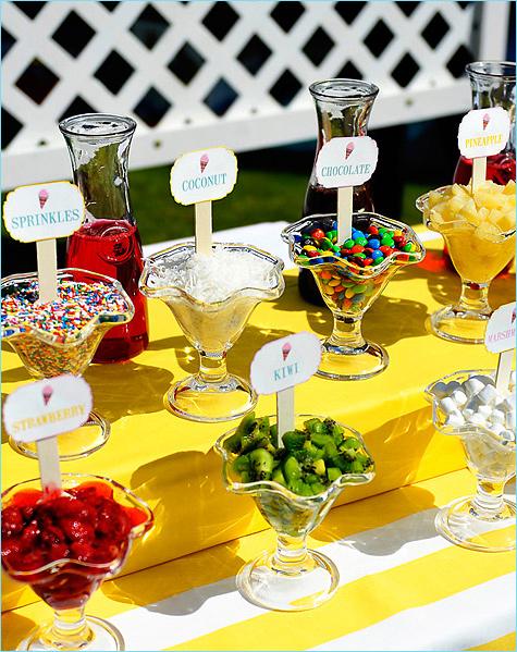 kendi-bar-s-morozhennym-3 Удивительный летний Кэнди Бар с мороженным и различными сладкими топперами
