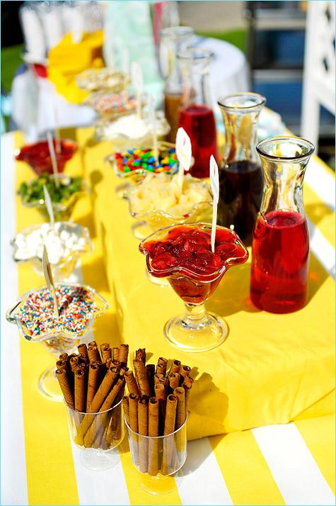 kendi-bar-s-morozhennym-9 Удивительный летний Кэнди Бар с мороженным и различными сладкими топперами