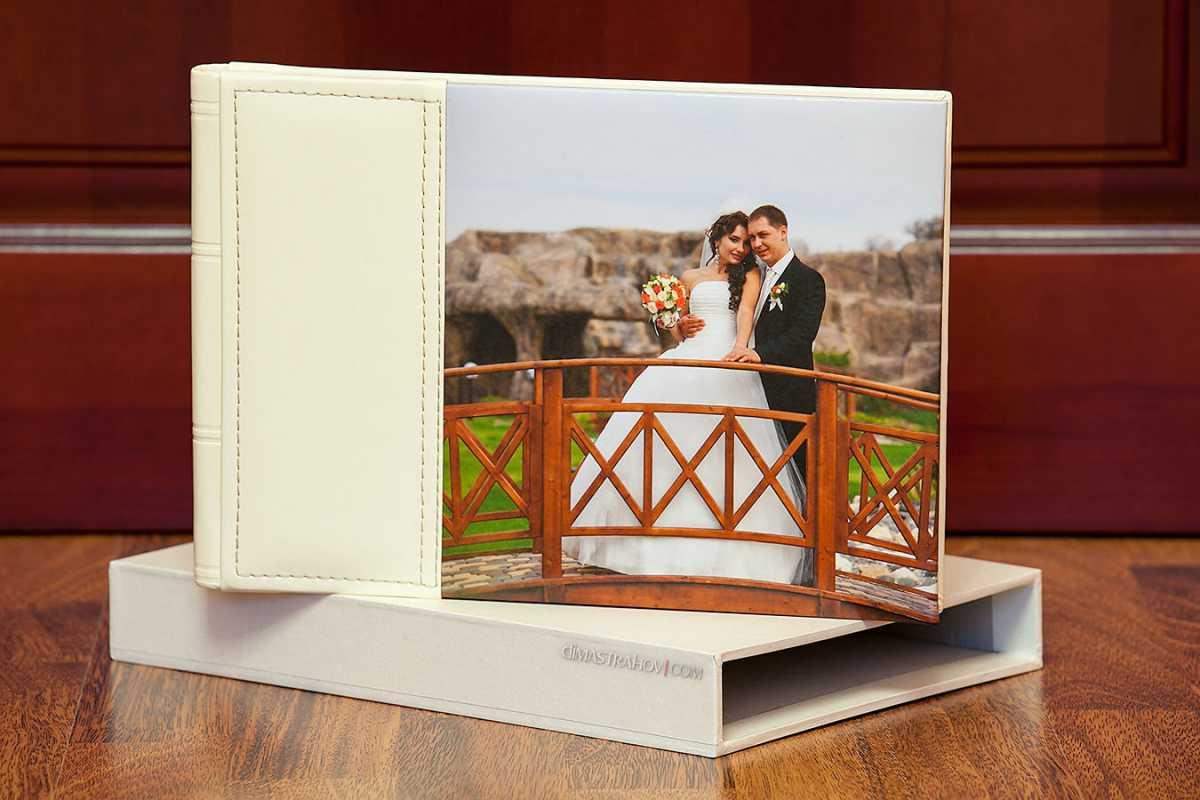 oformlenie-svadebnoj-fotoknigi-3 Оформление свадебной фотокниги: выбирать самим или довериться фотографу