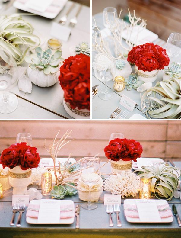 rozhdestvennaya-servirovka-stola-na-svadbe-7 Рождественская сервировка свадебного стола для зимней церемонии бракосочетания