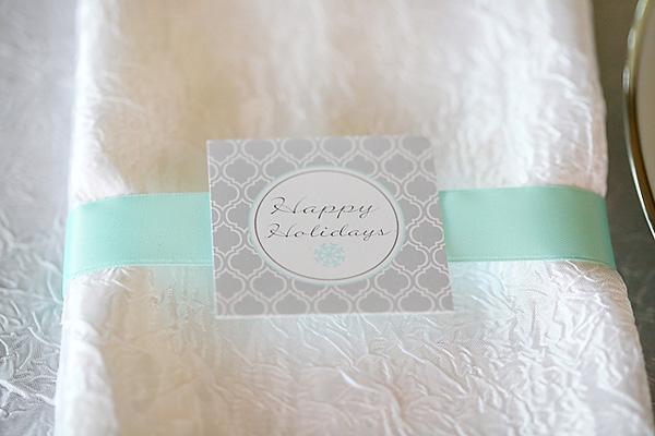 servirvoka-stola-dlya-zimnej-svadby-4 Сервировка свадебного стола в холодной голубой палитре для зимнего торжества