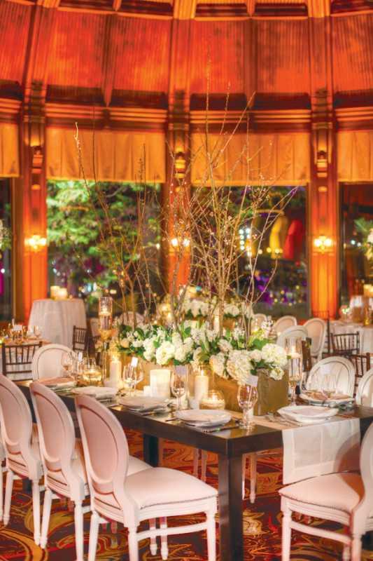 svadba-v-belom-tsvete-i-eko-stile-2 Летняя свадьба в белом цвете в популярной эко тематике
