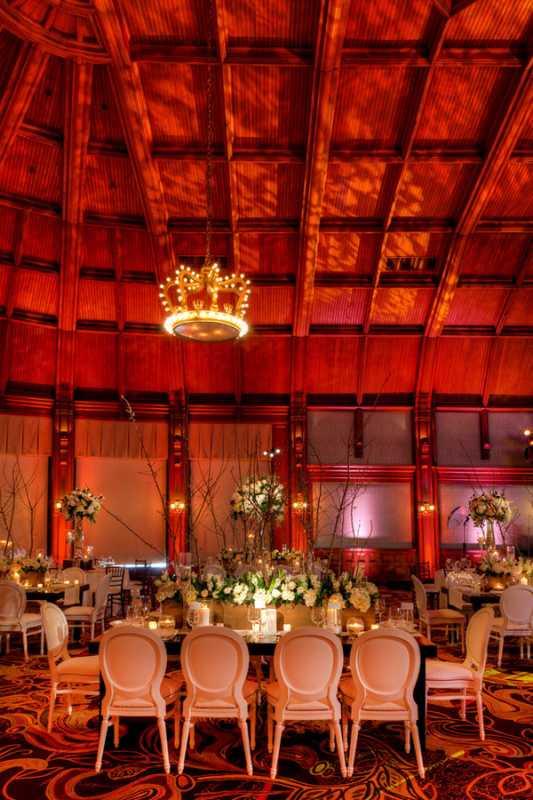 svadba-v-belom-tsvete-i-eko-stile-4 Летняя свадьба в белом цвете в популярной эко тематике