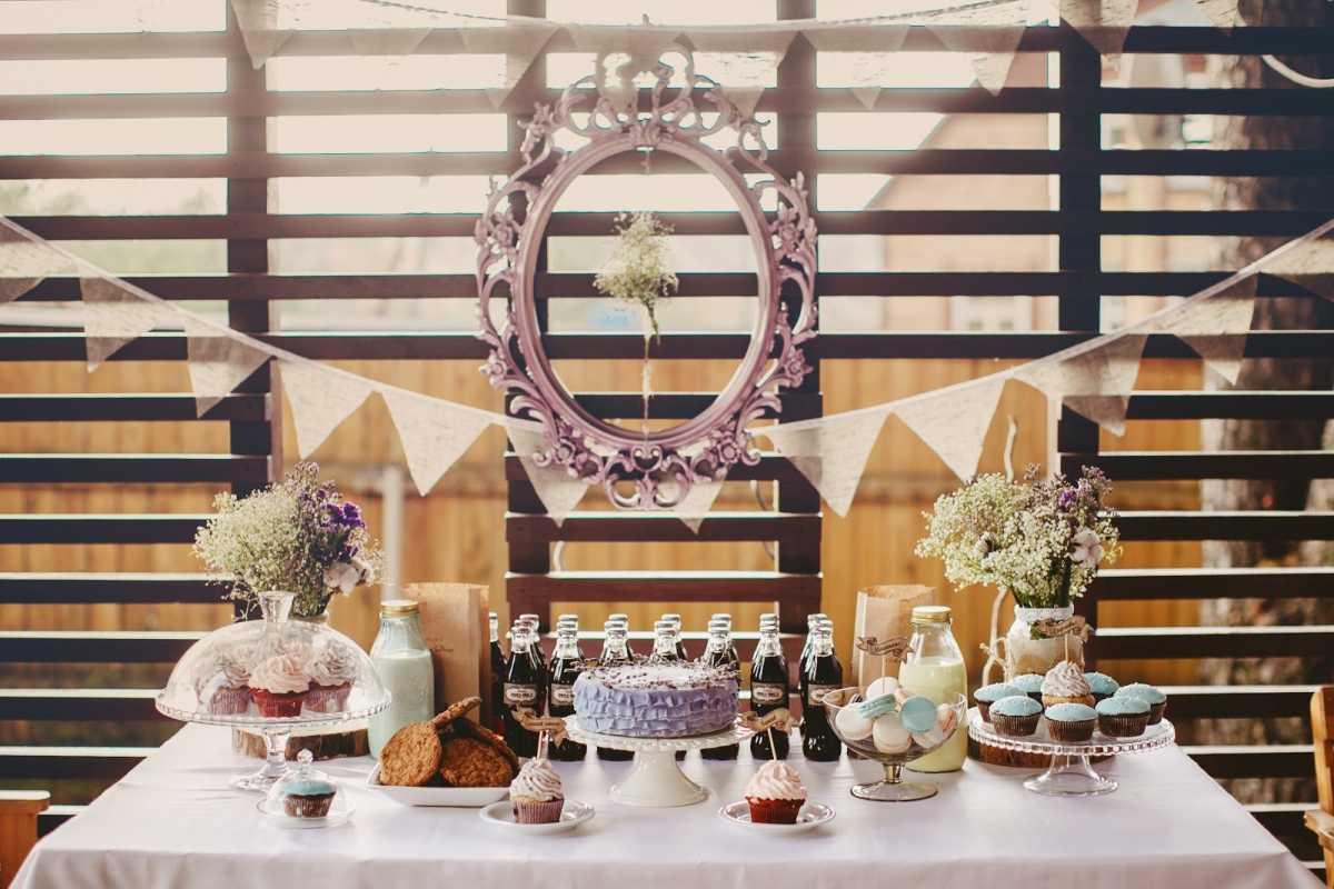 svadebnye-ramki-dlya-dekora-2 Свадебные рамки для оформления торжества в богемном и винтажном стиле
