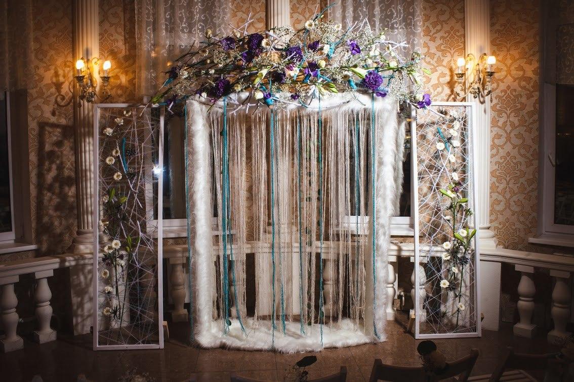svadebnye-ramki-dlya-dekora-4 Свадебные рамки для оформления торжества в богемном и винтажном стиле
