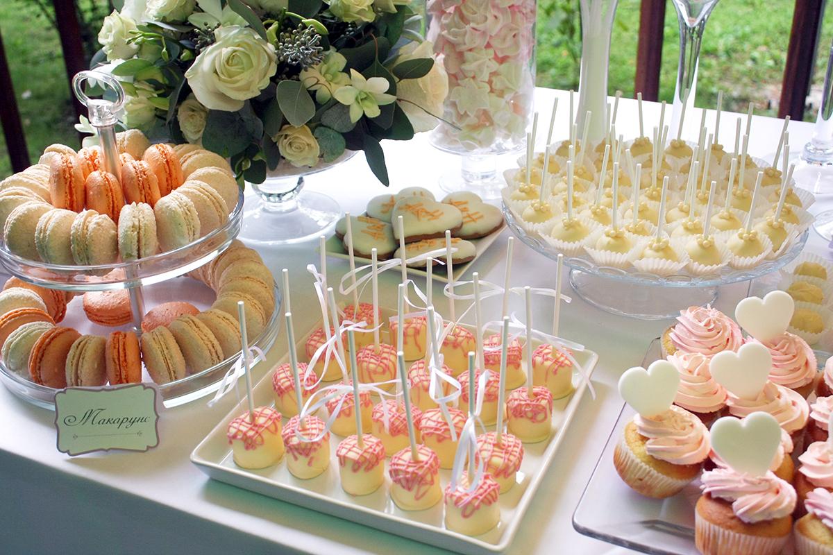 svadebnyj-persikovyj-Kendi-Bar-2 Свадьба в персиковом цвете, оформление Кэнди Бара для такого торжества