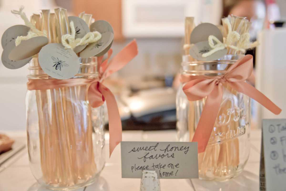 svadebnyj-persikovyj-Kendi-Bar-7 Свадьба в персиковом цвете, оформление Кэнди Бара для такого торжества