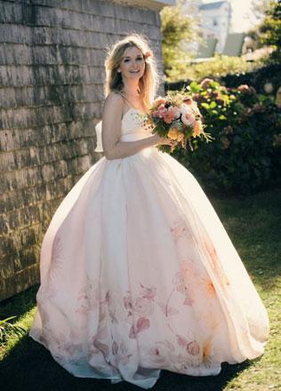 15467svadebnie-platya-s-cvetochnym-printom Свадебные платья с цветочным принтом, очаровательный и модный тренд в свадебной моде