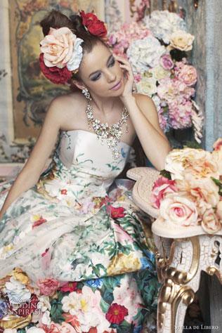 dress-wedding-color-svadebnie-platya-s-cvetochnym-printom Свадебные платья с цветочным принтом, очаровательный и модный тренд в свадебной моде