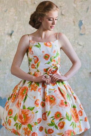 oranzh-svadebnie-platya-s-cvetochnym-printom Свадебные платья с цветочным принтом, очаровательный и модный тренд в свадебной моде