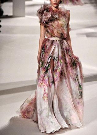 weddingdress-svadebnie-platya-s-cvetochnym-printom Свадебные платья с цветочным принтом, очаровательный и модный тренд в свадебной моде