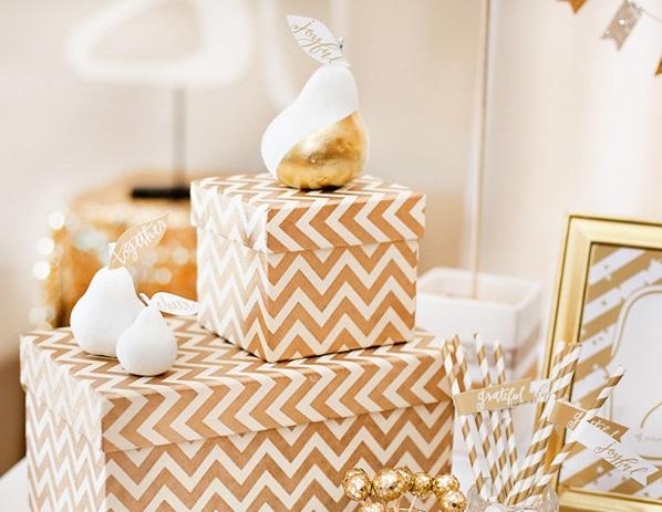 zolotoj-kendi-bar-na-svadbe-3 Богатство и роскошь золотого Кенди Бара на свадьбе, чем удивить гостей