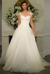Legends-Romona-Keveza-101x150 Свадебные платья с иллюзией декольте